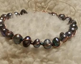 Wire wrap pearl bracelet