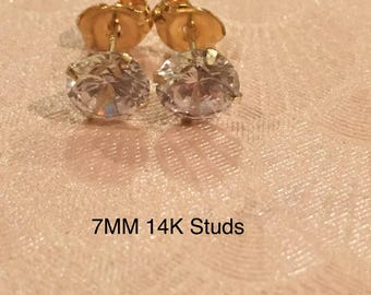 14k Solid Yellow Gold Stud Earrings 7mm