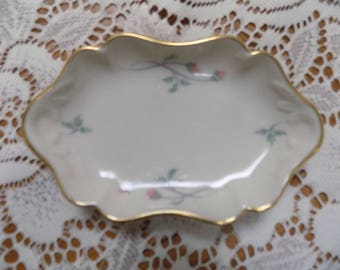 Vintage Lenox Rose Manor 24k Gold Trimmed Jewlery Coin Tray Excellent c. 1980s Perfect 5 x 3 Inches Made in USA