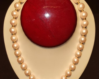 Vintage 1970's Faux Pink Pearl and Bead Necklace