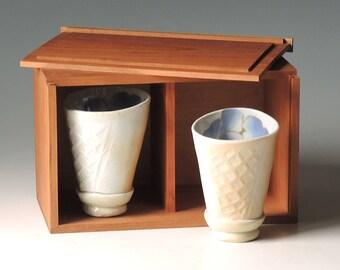 Porcelain cup set