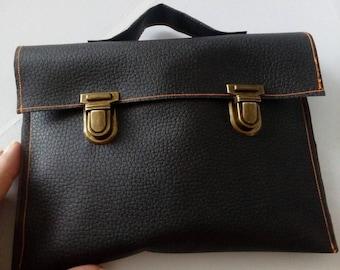 Pouch style satchel vintage
