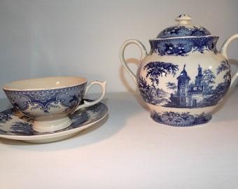 Madison Bay Company Blue and White/Ivory Tea Cup & Sugar Bowl Set Transferware