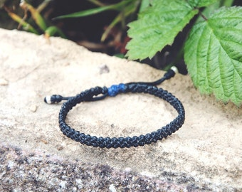 Black and blue bracelet / Custom friendship bracelets for women men / Vegan jewellery / Handmade silver jewellery / Surfer mens womens