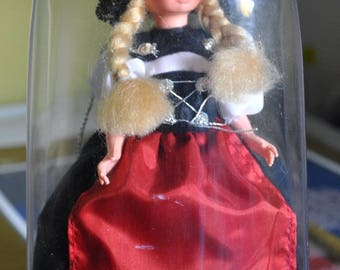 Collectible Doll, Swiss national costume Doll, Vintage Doll, International Dress Doll, Plastic Doll, Vintage Toy, European Collectible Doll