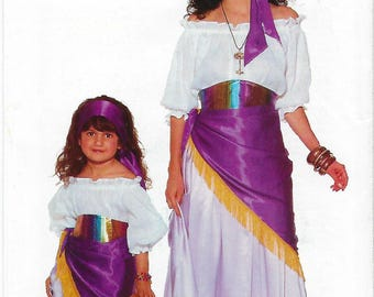 Butterick 4653 - VINTAGE - MISSES / CHILDREN'S Costume - All Sizes Included
