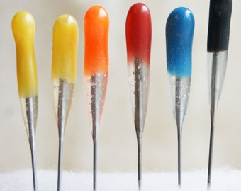 Felt Alive Felting Needles with color coded rubber handles - Variety Six Pack in sizes 40t, 38star, 36t, 42t, 40star