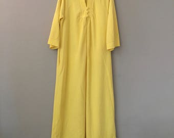 Vintage Robes Women 1960 60s Womens Robe Maxi Long Retro Velour Robes Yellow Vassarette Medium Sleeves