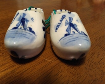 Collectibles, Knick Knacks, Delft Porcelain, Holland Shoes