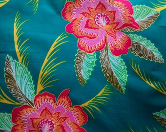 Fwax / ankara fabric - sld by the meter - red and pink flowers on green fabric