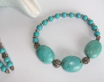 Stunning turquoise gemstone stretch bracelet