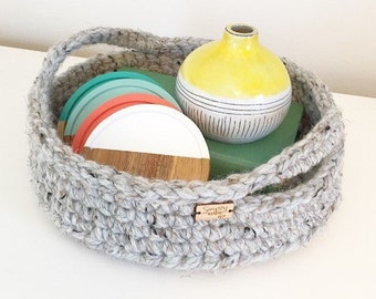 Mother's Day Gift / Crochet Basket / Crochet Tray / Storage Basket with Handles / Home Decor / Crochet Serving Tray / Farmhouse Decor