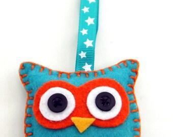 Felt Owl Keyring Keychain blue/orange - handsewn with keychain