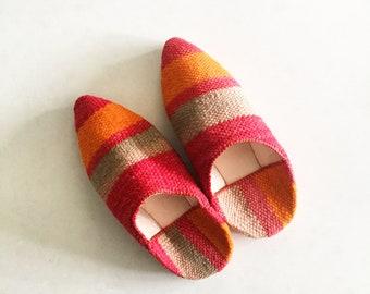 Moroccan Vintage Kilim Slides , Kilim Slip on Shoes , Ethnic Slippers , Carpet Shoes