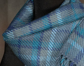 plaid scarf / blue scarf / handwoven scarf / merino wool scarf / winter scarf / man's scarf / woman's scarf