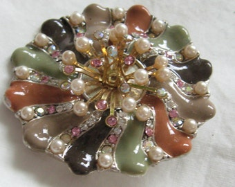 Last Chance Sale  50% off!  Vintage Multicolored Earthtone Pearly Enamel With Rhinestones Pin  Autumn or Anytime Brooch