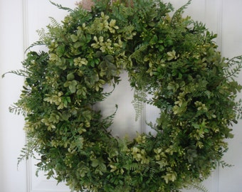 Boxwood wreath, spring wreath, Mothers Day wreath, boxwood decoration, year round wreath, front door wreath, housewarming gift, Mothers Day