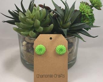 Chrysanthemum Earrings Grassy Green