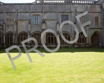 Harry Potter Hogwarts courtyard Download