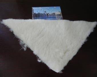 faux fur sheep triangle 24 x 17 X 17 cm