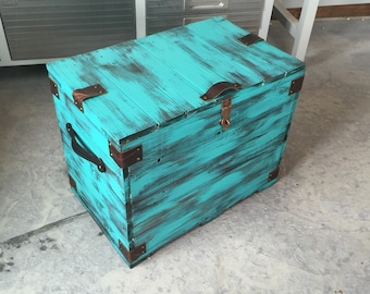 Rustic Patina Green Wood Chest
