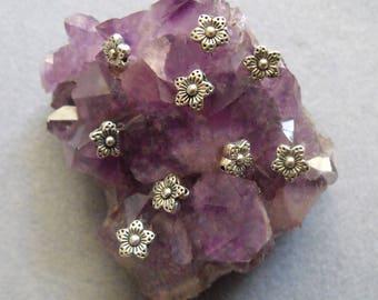 Silver Tone Daisy Flower Spacer Beads Tibetan Silver Alloy Flower Beads Lead Free Flower Beads Antiqued Silver Tone Flower Beads