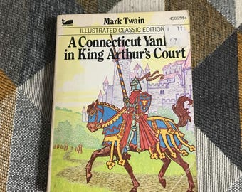 Vintage 1977 A Connecticut Yankee in King Arthur's Court Paperback Book