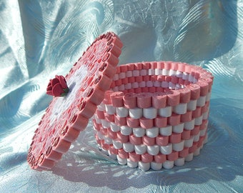 Pink and white marshmallow Jewelry box/ Quilled jewelry box/ Paper jewelry box/ Quilled 3D work/ Family gifts/ Quilled paper art/ Home decor