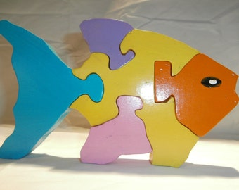 Wooden Fish puzzle . jigsaw wood, 5 piece, toy, dexterrity, play,