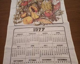 vintage linen tea towel /calendar
