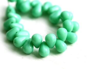 Mint Green Small teardrops, czech glass tiny drop beads - 4x6mm - 50Pc - 1116