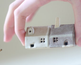 Pair of miniature houses. moving home gift for architect  Fiona Findlay ceramics. tiny houses. buildings real estate UK sellers Little homes