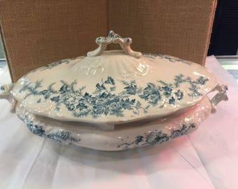 Avon semi-porcelain covered bowl