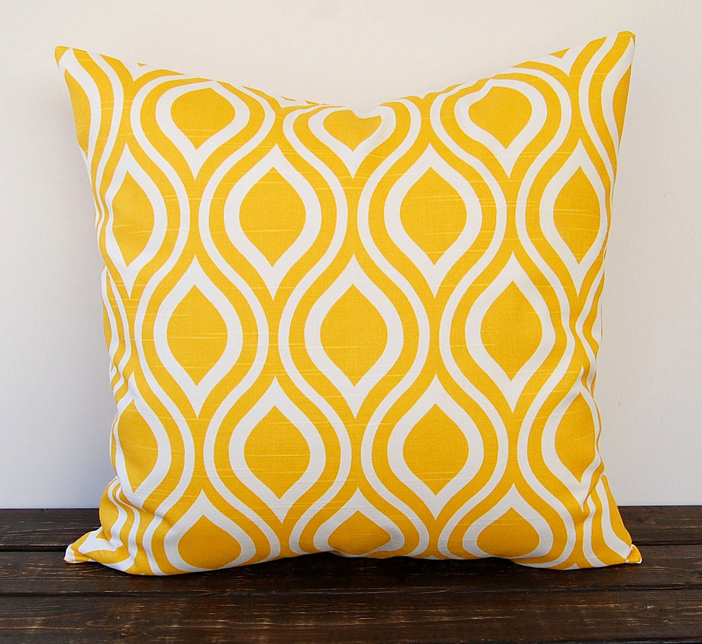 Yellow pillow cover One Nicole Corn Yellow cushion cover
