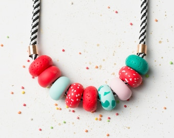 Modern Chunky necklace, Statement necklace, Red Beaded necklace, Fashion jewelry, Geometric necklace Polymer Clay necklace Colorful jewelry