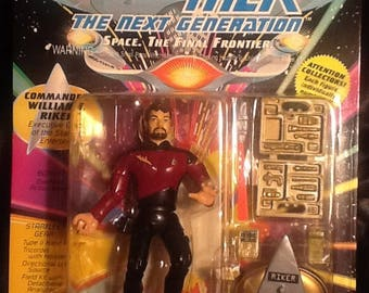 Star Trek The Next Generation Commander William Riker Action Figure MINT