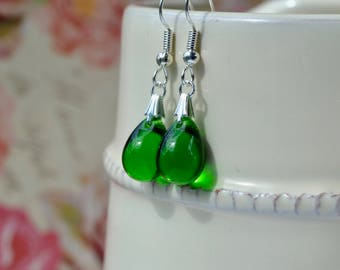 Emerald Green Earrings, Green Glass Earrings, Green Drop Earrings, Green Bridesmaid Jewelry, Gift for Her, Kelly Green Teardrop Earrings, UK