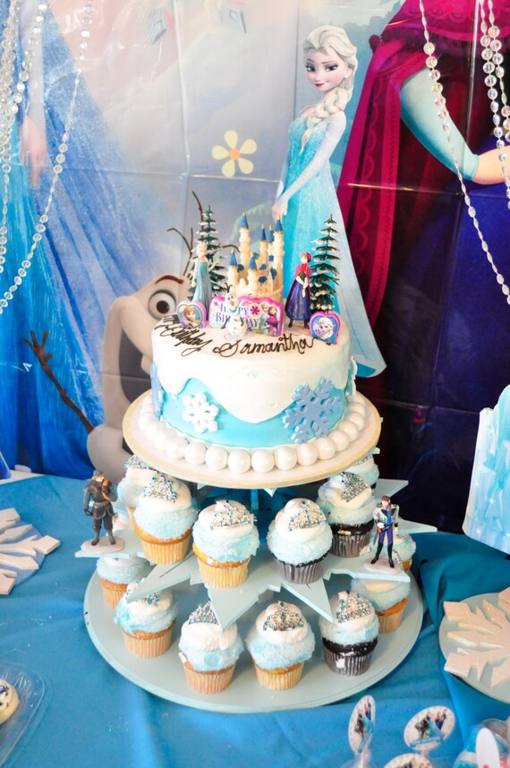 FROZEN inspired cake and CUPCAKE STAND Elsa Anna Olaf