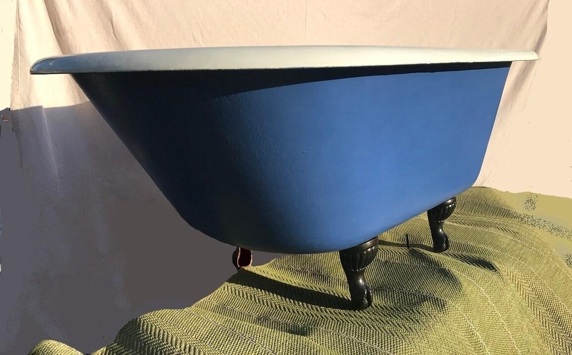 Beautiful J.L. Mott Ironworks Claw Foot Tub Bathtub in Very