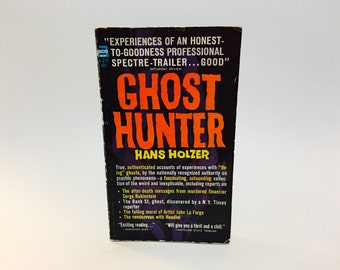 Vintage Paranormal Book Ghost Hunter by Hans Holzer 1963 Paperback