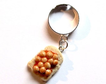 Quirky Beans on Toast Clay Adjustable Ring