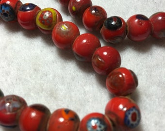 "23"" Vintage 10 mm Glossy Red Opaque Mosaic Millifiori Glass Trade Bead Strand #0041"