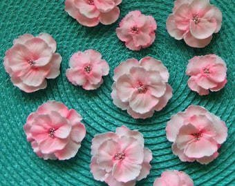 Royal Icing Flowers Soft Pink !! ReAdY To ShIp !! Weddings Events Showers Cake Toppers Cupcakes