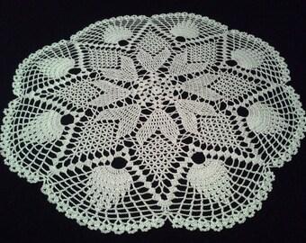 Crochet doily - Round doilies - Medium doily - White doily - Home decor - Crochet doilies