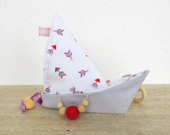 """Crinkle Baby Toy - Boat Shape Origami """"Arrows"""""""