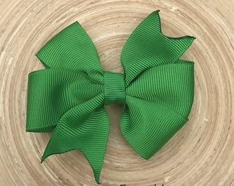 Emerald green pinwheel bow