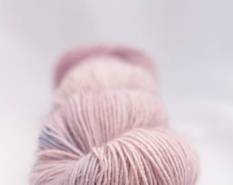 Hand-dyed yarn - sock yarn - superwash - merino - speckles - dyed-to-order - PARME