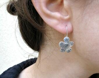 Silver Flower Earrings, Spring Earrings  Sterling Silver Earrings Gift For Her, Oxidized Flower Earrings Gift For Teens, Floral Jewelry