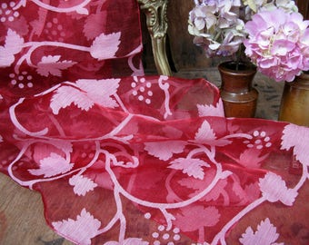 Chiffon Scarf, Leaf Print Scarf, Red Scarf, Vintage Scarf, Ladies Scarf, Evening Scarf, Rectangular Scarf, Floaty Scarf, Leaf Scarf, Dents