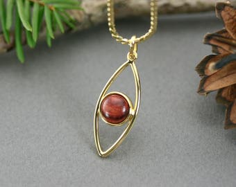 Gold vermeil, Gold leaf necklace, Vermeil chain, Gold leaf pendant with pink wood, Pendant rosewood, Minimalist necklace, Vermeil jewelry